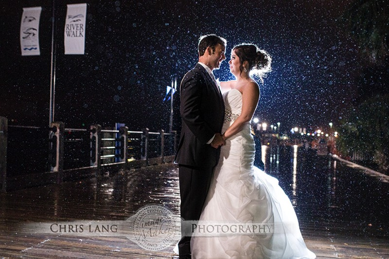Picture Or Bride Groom In Downtown Wilminton RIverfront