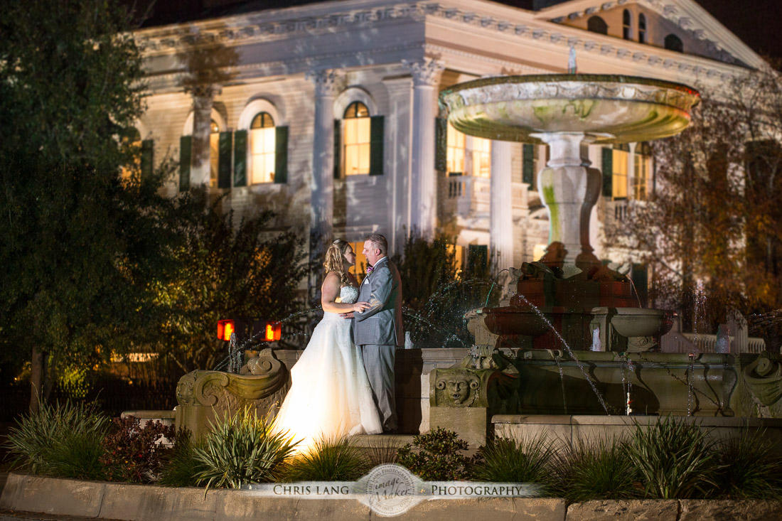 Nighttine Wedding Picture Bride Groom Photography Ideas