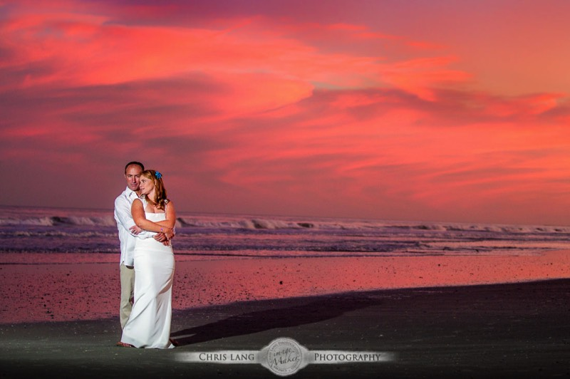 Styling Tips For Embracing A Beach Wedding Theme: Sunset & Twilight Wedding Photography