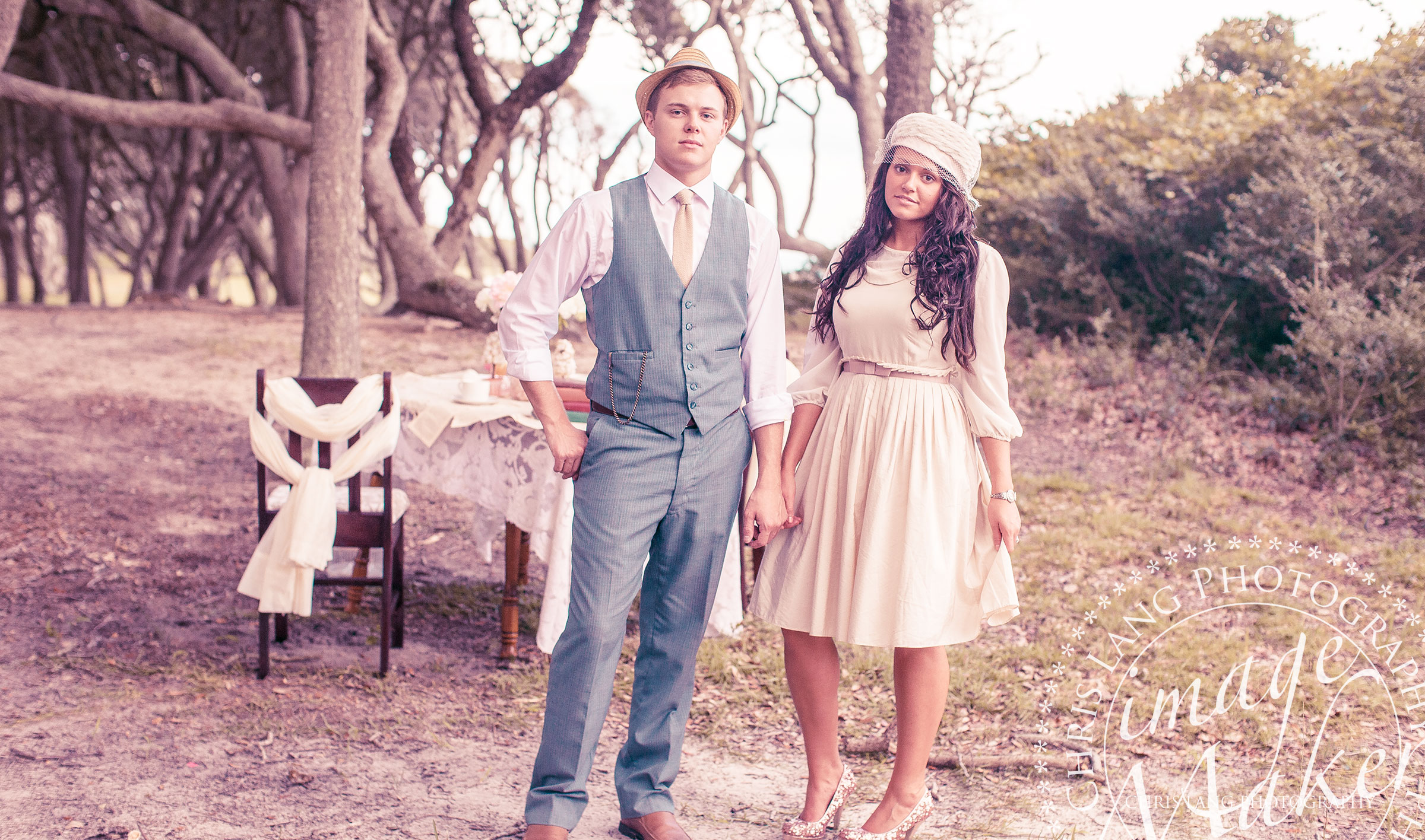 Vintage style photography  Ideas for Vintage Style Engagement Pictures | Styles & Inspiration ...