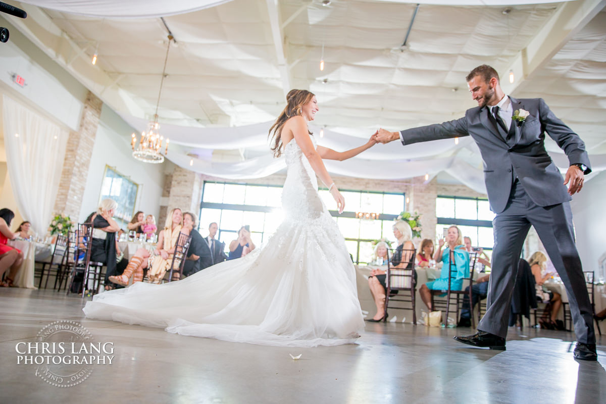Wedding Reception Photos | Chris Lang Weddings| Wedding Picture ...