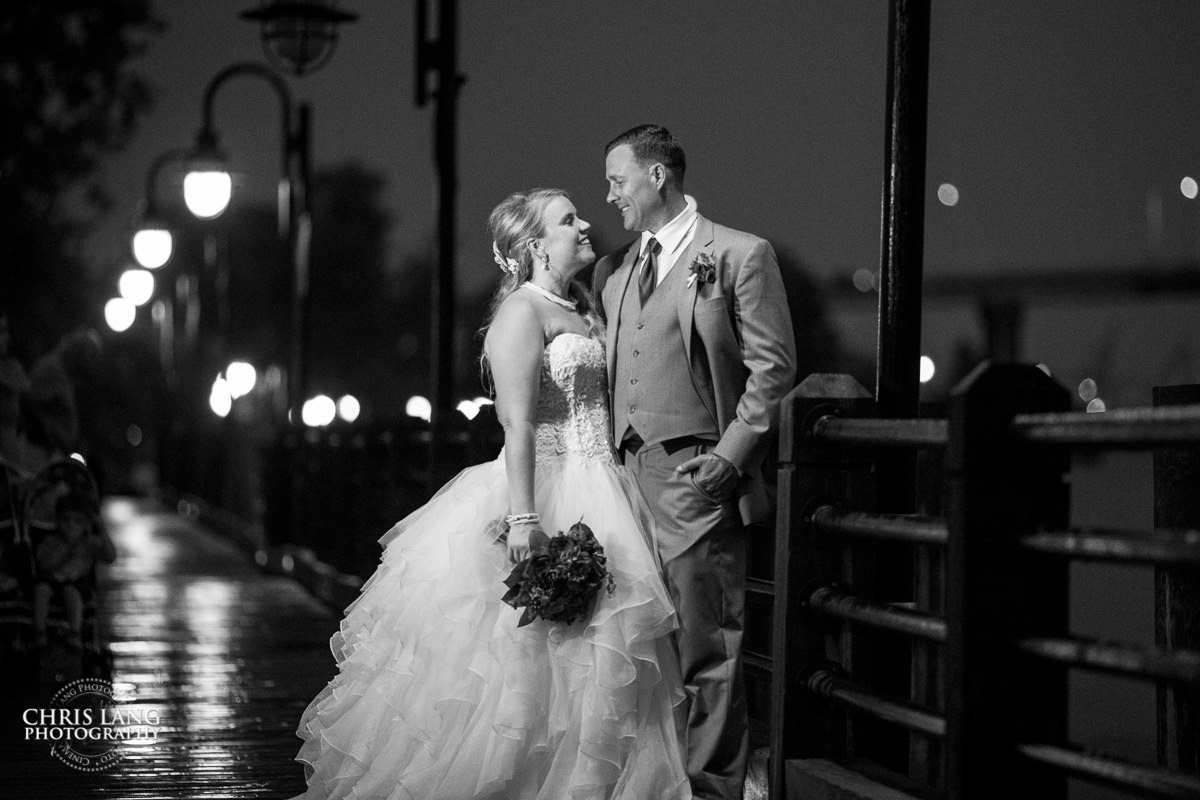 The art of night chris lang weddings night time for Low light wedding photography